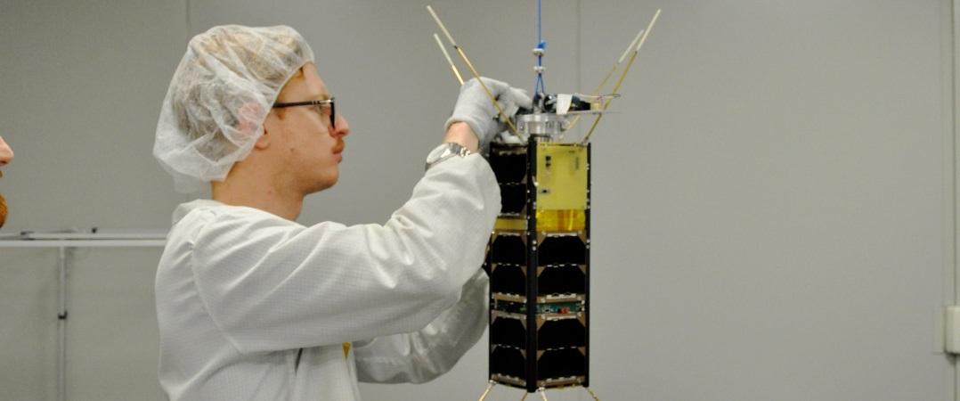 Start-up do mês: D-Orbit que está incubada na DNA Cascais