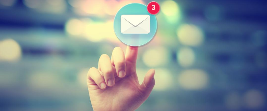 Os erros mais comuns quando enviamos emails, segundo o CEO do LinkedIn